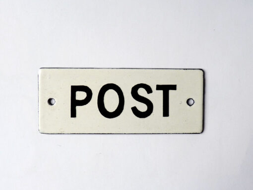 Postkasti silt
